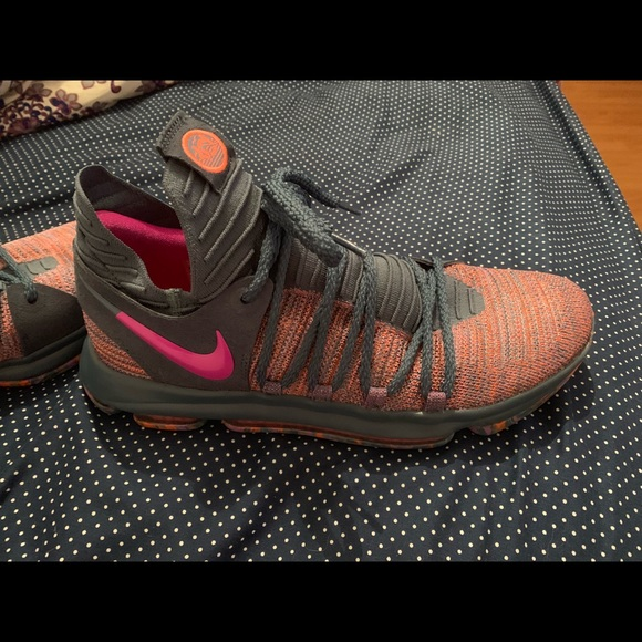quality design fba27 e0fbd Nike KD 10s. Practically brand new. Size 12